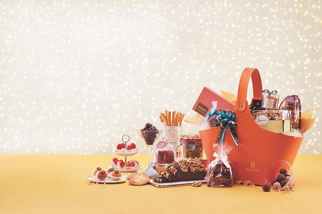This festive season, celebrations begin with Foodhall.  Hand-picked with the finest artisanal and gourmet food and drinks from our shelves, our stylish selection of gift hampers have been curated to appeal to the most discerning tastes. Or why not  consult our Gift Concierge to personalise your hamper with your loved ones' favourites?  Discover more at a Foodhall near you, or by calling 8095031111.  #ForTheLoveofTheFestiveSeason #FoodhallIndia #FestiveSeason #Celebrations #Gifting #Navtratri #Diwali