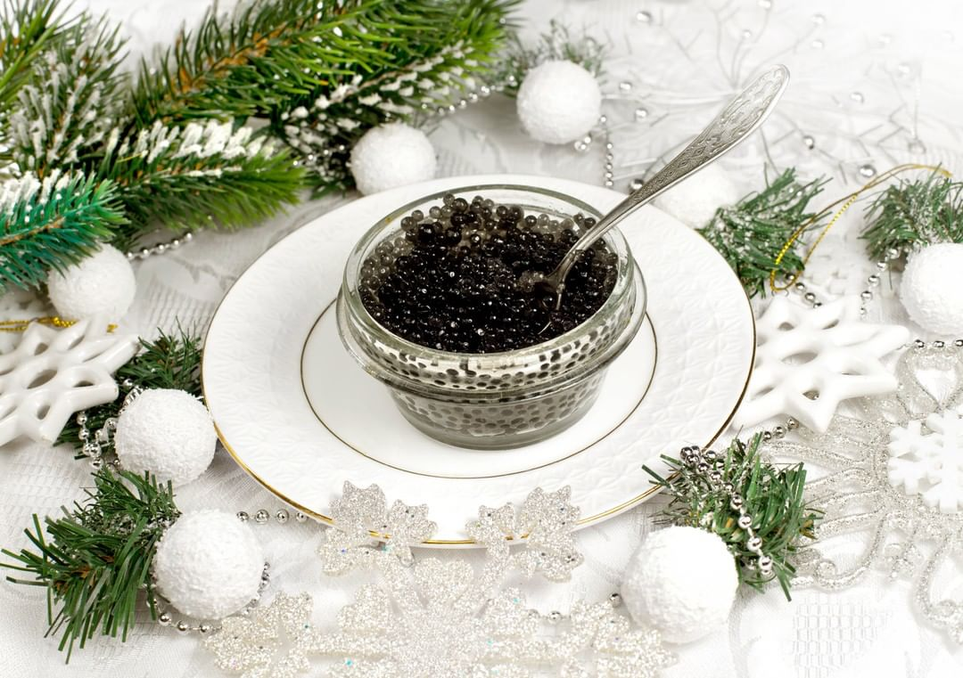 Holiday entertaining season is here! If you're looking to add a touch of luxury to the festivities, why not whip up a delicate array of appetisers festooned with the finest caviar from @russiancaviarhousellp?  Known as food for the Czars, #caviar is the exquisite epitome of culinary decadence and hedonism, apt for the holiday season!  @rchcaviar  #FoodhallIndia #ForTheLoveofEntertaining #CaviarLovers #RussianCaviarHouse #FestiveSeason #ChristmasParties #FestiveFoods