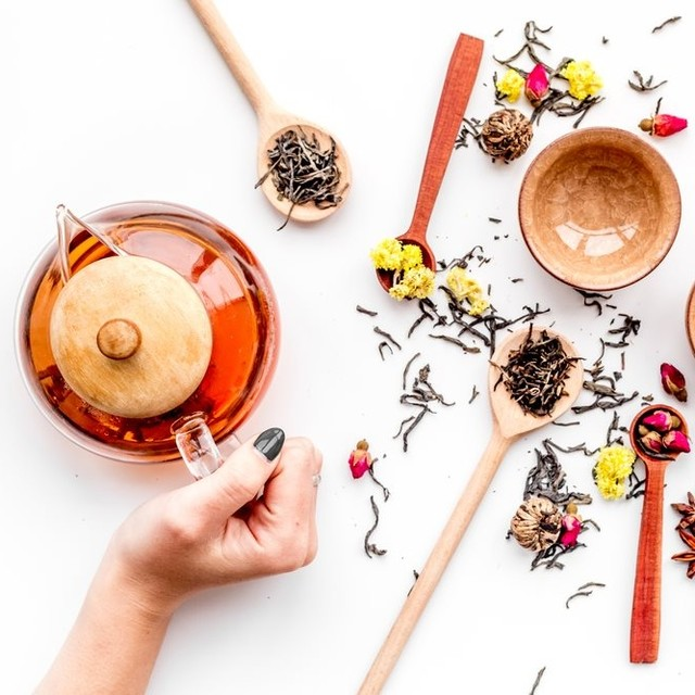 Still reeling from the frenzy of The New Year? Our selection of healthy teas from @thtbyfoodhall will ease you into a more conscious 2020. Take a sip of our deliciously-delicate Kashmiri Kahwa and be wooed by its fusion of immunity-boosting spices, crunchy nuts and high-quality saffron.  Or why not hand-craft your own blend courtesy our Tea Tailor (available on request across THT salons and counters). All our teas are significantly high on health, but this winter, they'll warm your heart too!  #FoodhallIndia #FortheLoveofTea #THTbyFoodhall #KashmiriKahwa #WinterTea #TeaCulture #ExoticBlends #HealthTeas #TeaLovers