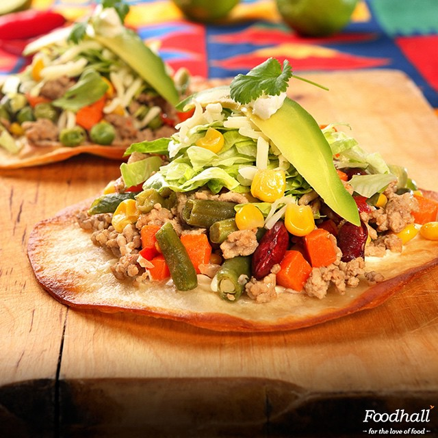 #TrendingThisWeek: From Picnics to potlucks, black bean tostadas make for a wonderful snack! Come and the celebrate the Mexican fiesta this weekend exclusively at Foodhall. #FoodhallIndia #FoodhallFest #JourneyThroughMexico #MexicanFiesta #Food #Yummy #Delicious #Follow #tostadas #Tagsforlikes #Instagood #bestoftheday #Weekend