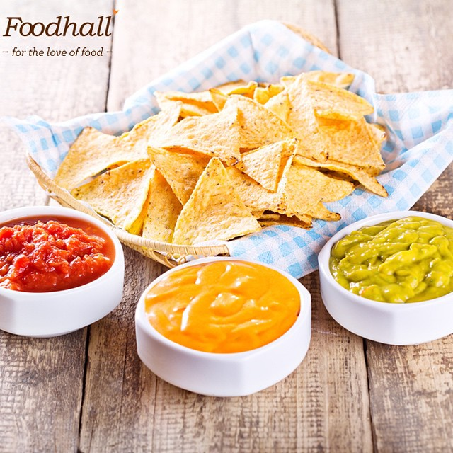 #IPLFever We've got the perfect snacks to get you all ready for the games! Rush to Foodhall @ Palladium to stock up on your favourite chips and dips today!! #FoodhallIndia #TasteOfSummer #ChipsAndDips
