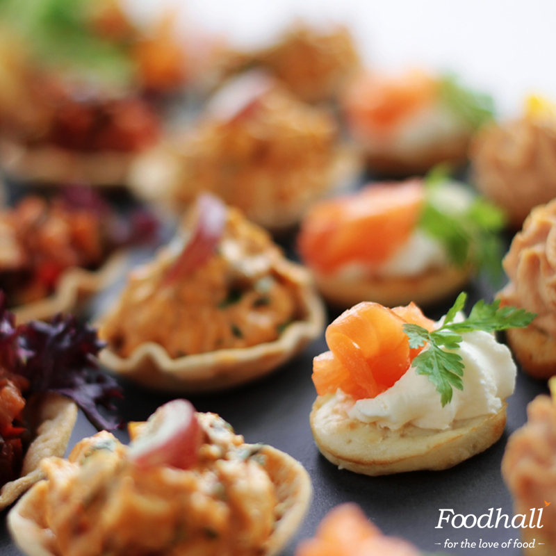 They say variety is the spice of life! How about bite-sized canapes to spice up your next #HouseParty? http://t.co/CPiMhy6NFR