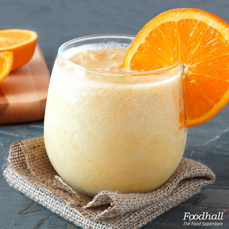 Add a little sunshine to your morning with a low calorie and high flavour  orange-ginger #smoothie! https://t.co/efRYQPkziP