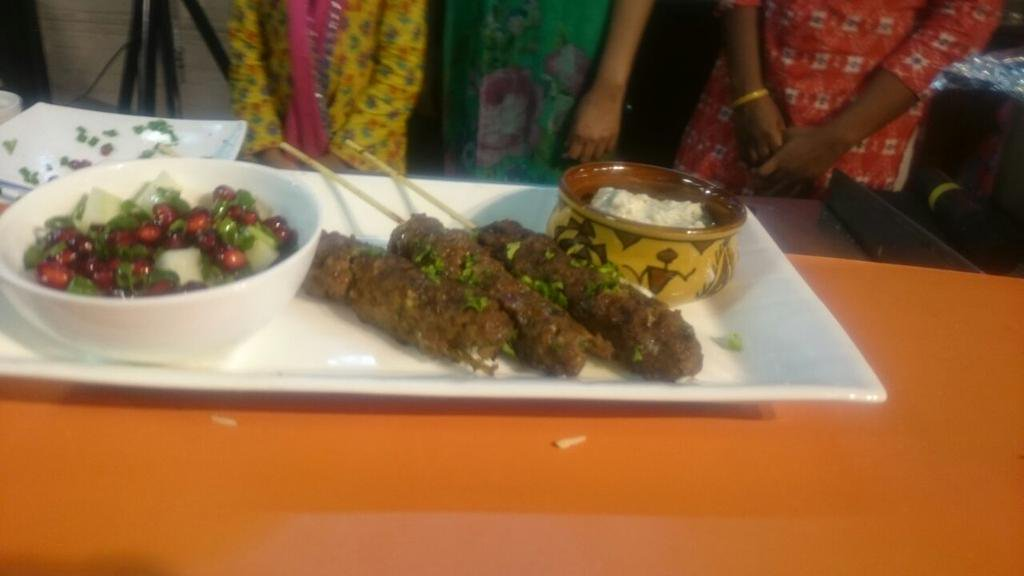 Our kebab koobideh are looking delicious, served with mast o khiar! https://t.co/SpK3NW3eqI