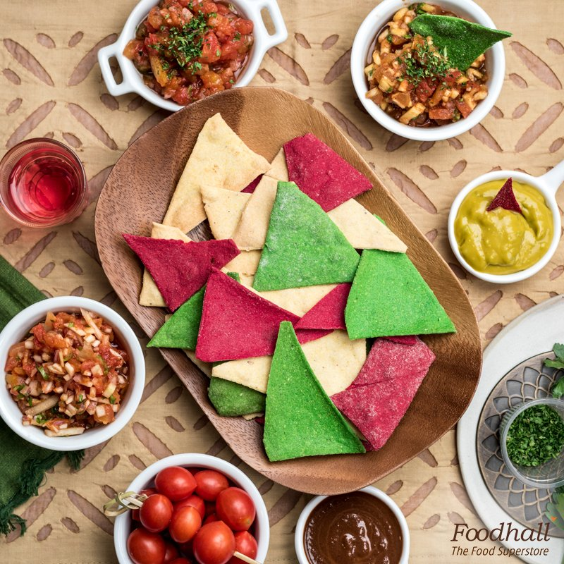 Keep your kids happy & healthy with some spinach & beetroot nachos paired with a cheese dip this summer vacation. https://t.co/tMAjrxW2jI