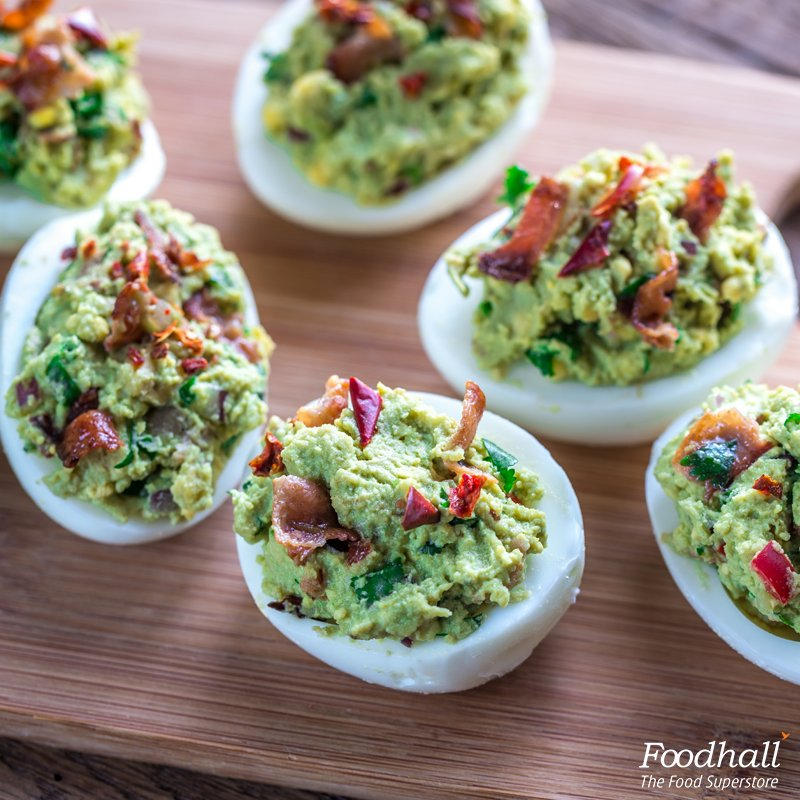 Healthy snacking just got easier!  Stuff boiled eggs with guacamole & bacon for a nutritious evening snack. https://t.co/KmEdi3F2jb
