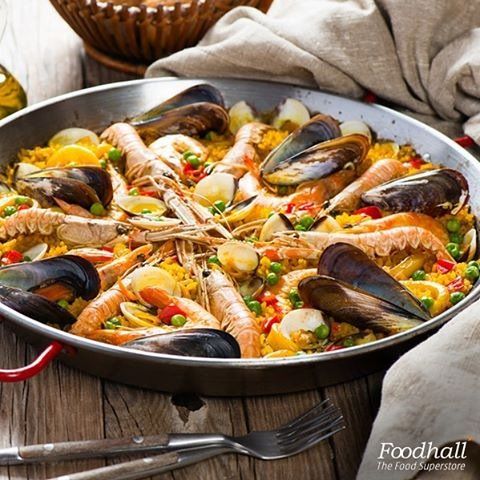 Spain reminds us of saffron tinged paella and our all new paella pans make it all the more easy to cook them at home https://t.co/Ic1v3QyEG0