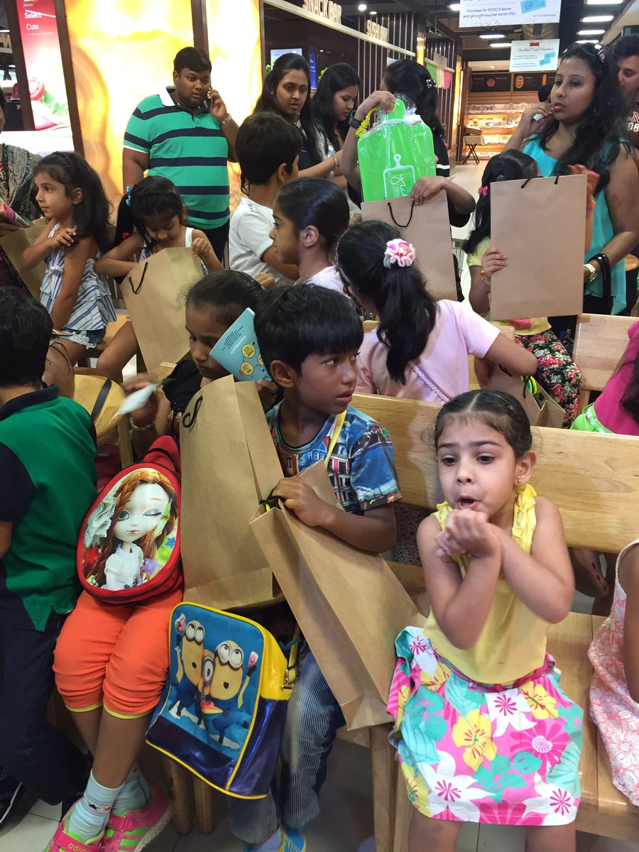 The #TasteofSummer class ends with lot of goodies. The kids are happy and so are we. https://t.co/oiUif87Ft6