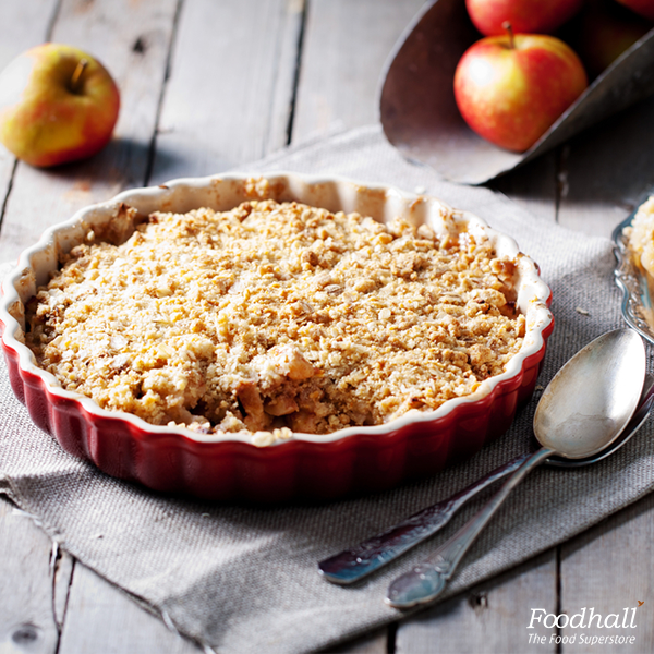 The goodness of warm apples garnished with golden crumb topping, makes apple crumble your go-to dessert this monsoon https://t.co/FZyi709vb6