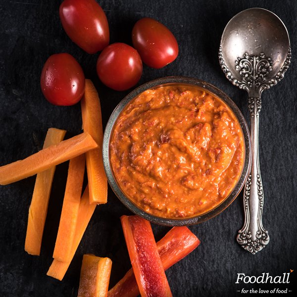 Carrot hummus is chickpea-free & low-carb. Try interesting variations of this #snacktime favourite at our stores! https://t.co/8bM6kwDrRU