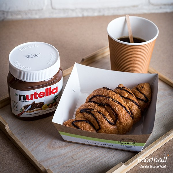 A little goes a long way to keep hunger pangs at bay. Grab fresh Nutella croissants from our store & a strong cup of coffee for a quick eat! https://t.co/5pzKGW3Bla