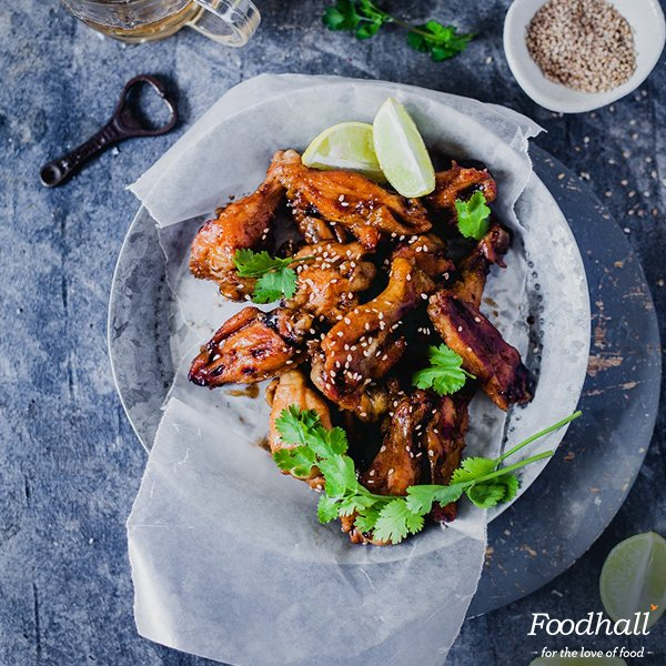 Game night or movie night, chicken wings are a classic! @playfulcooking gives it an updo with Japanese Tonkatsu: https://t.co/JbcwA6L5m3 https://t.co/qw16fcNgGd
