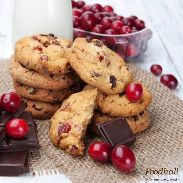 Add fruity flavours to #teatime #snacks with Chocolate Cranberry cookies - perfect crunchy companion to a hot cuppa! https://t.co/w54k8ZyrCB https://t.co/nR6iBq8Q7Z