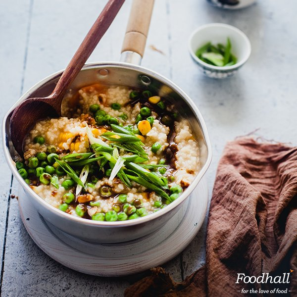 Give #Christmas a Japanese twist with a bowl of Congee with Miso Sauce. @playfulcooking's #recipe is worth trying:https://t.co/SKBC56n6vs https://t.co/gPa9cth5hf