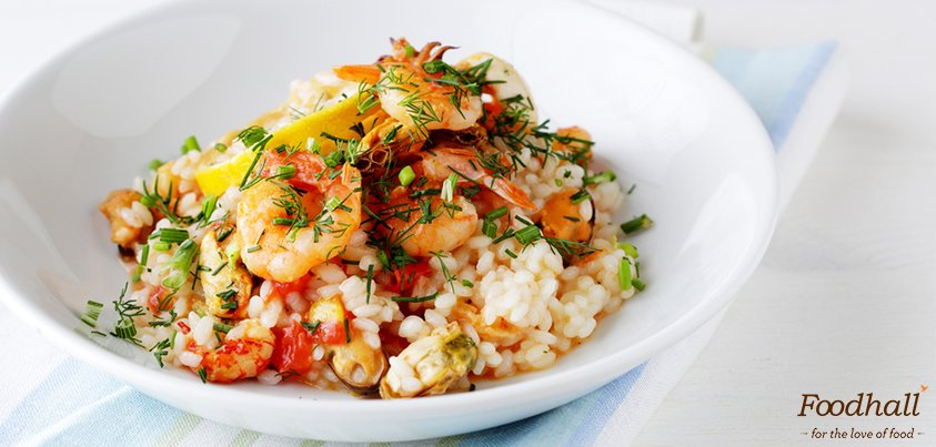 Hands up if you love Risotto! Seafood & saffron make this simple risotto a spectacular dish to devour for #dinner. https://t.co/o0Uhby8l7X https://t.co/vxDA2pdkY0