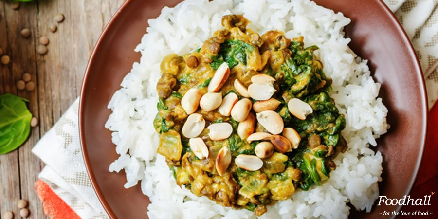 Creamy #vegan curry minus the cream? Simply add peanut butter! Yes, you read that right. Try this #recipe right away:https://t.co/YhG2tHvwck https://t.co/0JMfb9SPMW