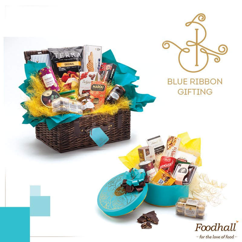 Show some love to your family & friends this #Easter with our bespoke #gift hampers. Pick one up from our stores today! https://t.co/TG7FqLdvPC