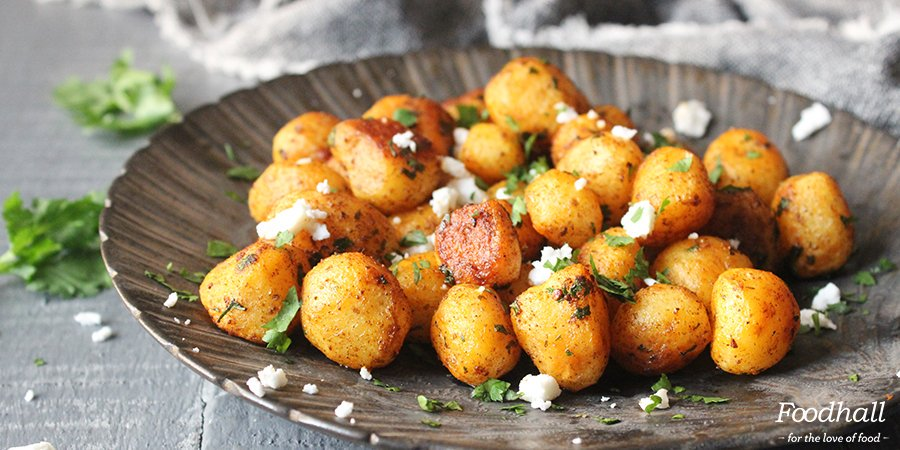 Give potatoes a makeover with #feta #cheese & moreish spices with @amritaoflife's Batata Hara #recipe: https://t.co/cxfQmF6wqr https://t.co/4mWwFK5ysw