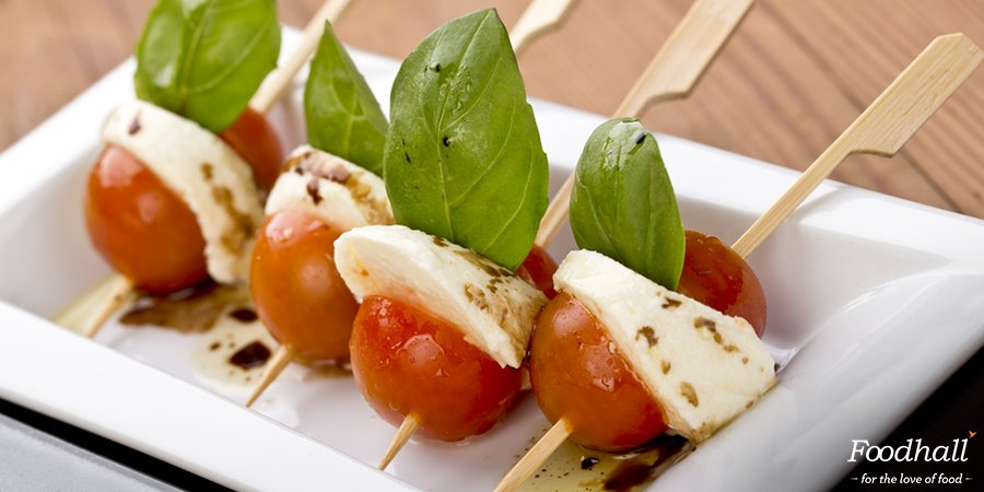 The taste of summer on a stick - that's what this Lime Caprese #salad is all about. Why don't you give it a try? https://t.co/5ETOrEMrdC https://t.co/WQC0AYkxQP